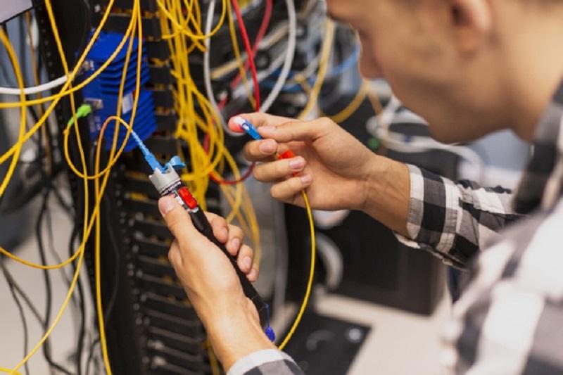 رشته مهندسی مهارت ها و شایستگی های رشته مهندسی اپتیک و لیزر