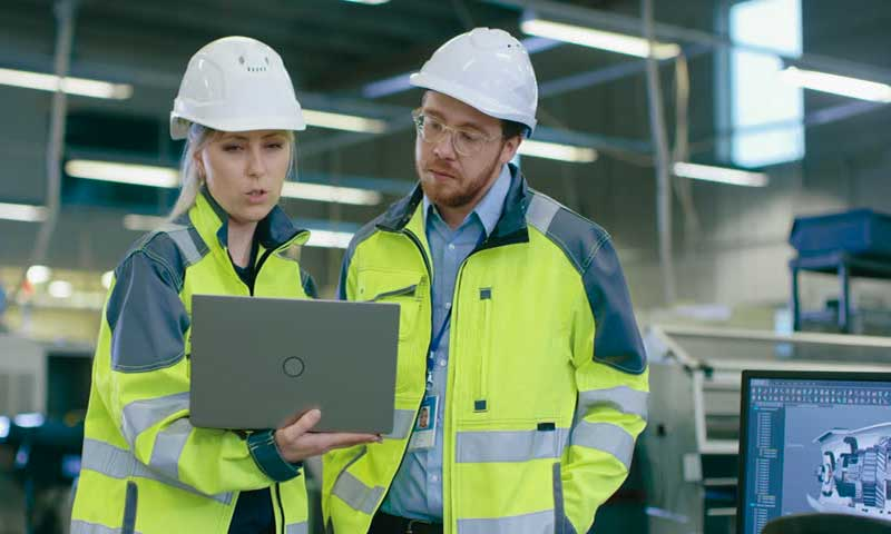 Industrial-management-labor-market