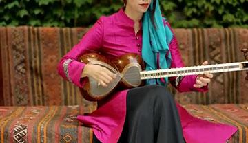 Playing-Iranian-music